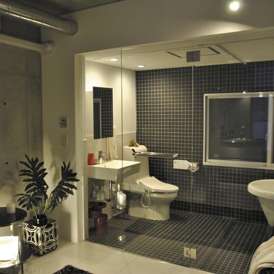 浴室ガラス扉とガラス壁(FIX)